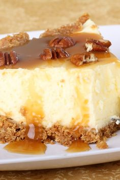 Aunt Peggy's Amazing Cheesecake with Praline Topping #Recipe