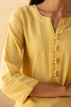 Gharara Designs, Silk Kurti Designs, Simple Kurta Designs, Salwar Designs, Kurta Designs Women, Kurti Designs Party Wear, Neck Designs For Suits, Neckline Designs, Sleeves Designs For Dresses