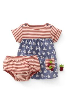 Free shipping and returns on Mini Boden 'Hotchpotch' Dress & Bloomers (Baby Girls) at Nordstrom.com. Vivacious mixed prints steal the scene on a sunny short-sleeve dress featuring front patch pockets and matching striped bloomers.
