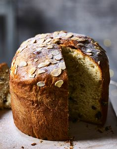 Knock their socks off with a homemade panettone made in an ordinary cake tin. Christmas Dinner Menu, Christmas Cooking, Easy Panettone Recipe, Baking Recipes, Dessert Recipes, Cooking Bread, British Baking, Xmas Food, Almond Cakes