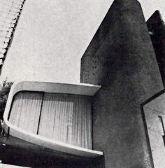 Detalle de la fachada, Casa habitacion en Pedregal, Rivera 85, Ote Jardines del Pedregal, Coyoacán, México DF 1962 Arqs. José Candano y Jose Gómez