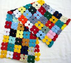 Yo Yo Quilt, Sewing Projects, Projects To Try, Crochet Fish, Hand Sewing, Diy And Crafts, Weaving, Crafty, Quilts
