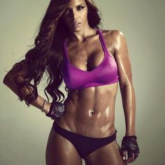 Remember...u dont have to have major curves (pear shape) to look awesome...Athletic is sexy too! #fitness #tone