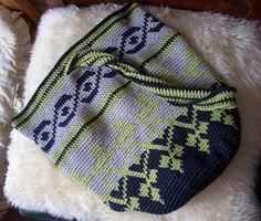 Smoking Hot Needles: Tapestry Crochet Bag
