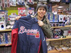 【大阪店】2015.01.19 石川県出身のお客様です!MLBとNBAの知識を豊富にお持ちで、楽しくお話しをさせていただきました!今期のブレーブスに期待しましょう(・ω<)
