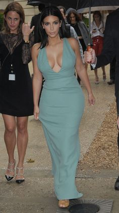 Picture of Kim Kardashian Kardashian Beauty, Estilo Kardashian, Kardashian Style, Kardashian Jenner, Kardashian Fashion, Kylie Jenner, Kardashian Workout, Kardashian Family, Kardashian Kollection
