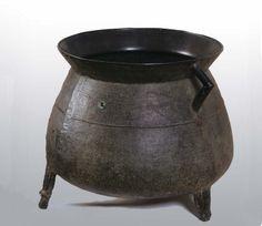 I rather irrationally want a cauldron