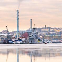 Packhuskajen Gothenburg Sweden. 10 February 2015. #gothenburg #göteborg #västkusten #visitsweden #visitgoteborg #visitgothenburg #mikaelsvenssonphotography #sweden #swedenmoments #packhuskajen #winter #winteriscomming #älskagöteborg #thisisgbg #igersgothenburg #götaälv