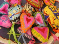 Heart for the rode-paper mache charmes\7cm tall+ribbon