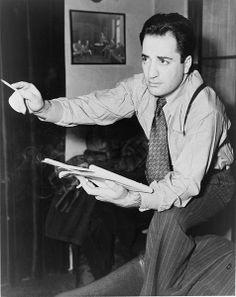 William Saroyan (pron.: /səˈrɔɪ.ən/; Armenian: Ուիլյամ Սարոեան; August 31, 1908 – May 18, 1981) was an Armenian American dramatist and author.  The setting of many of his stories and plays is the center of Armenian American life in California in his native Fresno.