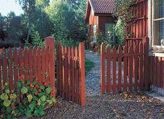 Pergola Ideas For Patio Swedish Cottage, Red Cottage, Garden Cottage, Deck With Pergola, Diy Pergola, Pergola Kits, Pergola Ideas, Sweden House, Ranch Exterior