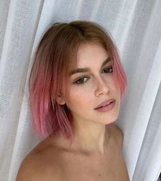 The Most Popular Hairstyles Rocked By Your Fav Celebrities Pink Hair Dye, Dyed Hair, Gerbera, Popular Hairstyles, Celebrity Hairstyles, Cut My Hair, Hair Cuts, Fall Hair Colors, Hair Colour