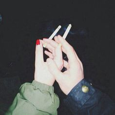 Grunge is not dead It's wrong, but we'll do it anyway ' cause we love a bit of trouble Jhope, Namjoon, Taehyung, Smoking Kills, Girl Smoking, Ariana Grande Tumblr, Hipster Blog, Cigarette Aesthetic, Grunge Photography