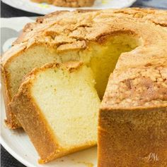 Million Dollar Pound Cake - My sister's wedding cake was pound cake. Real, southern pound cake and it was divine! Nothing store-bought can compare to the rich and wonderful taste and texture of homemade pound cake! It is decadent but … Lemon Cream Cheese Pound Cake Recipe, Sour Cream Pound Cake, Almond Pound Cakes, Key Lime Pound Cake, Coconut Cakes, Homemade Pound Cake, Pound Cake Recipes, 6 Egg Pound Cake Recipe, Best Pound Cake Recipe Ever