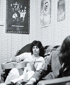 Freddie Mercury:  Ah, Youth