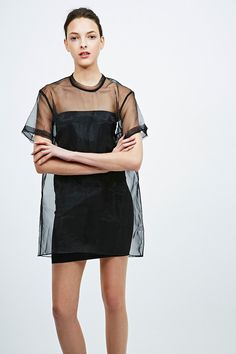 """Solace – Transparentes Organza-Kleid """"Manet"""" in Schwarz - Urban Outfitters minimal minimalism simplicity simple monochrome fashion style outfit inspiration grunge soft Look rose black chunky boots skinny"""