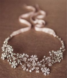 Wedding Hair Accessories - Bridal hair accessories make great difference for your bridal look. There are many types of hair accessories like headband, hair combs, tiaras, and hair pins. They are just the one final step to make your wedding look perfect. Wedding Looks, Perfect Wedding, Dream Wedding, Wedding Day, Wedding Anniversary, Anniversary Gifts, Wedding Music, Budget Wedding, Rustic Wedding