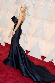 "Rita Ora assina com produtora ""Warner Music"", revela Billboard http://angorussia.com/cultura/musica/rita-ora-assina-produtora-warner-music-revela-billboard/"