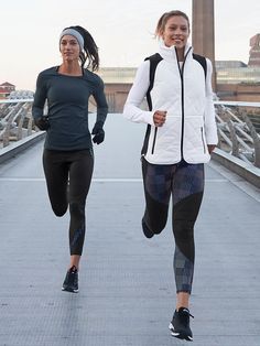 These performance tights are made with premium compression technology and stylish reflective details, so your outdoor workouts can go past dusk without worry. Running Workouts, Running Tips, Fun Workouts, Boxing Girl, Half Marathon Training, Chill Outfits, Outdoor Workouts, Running Motivation, Gym Wear