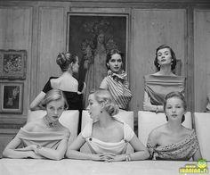 #8 Plunging Necklines In 1950s