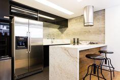Bancos com estilo industrial - veja lindas cozinhas com essa tendência! - DecorSalteado