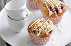 White chocolate and raspberry muffins recipe - goodtoknow