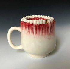 cursed images - creepy teeth mug Creepy Art, Weird Art, Art Zine, Keramik Design, Creepy Pictures, Surreal Art, Clay Crafts, Clay Art, Ceramic Art