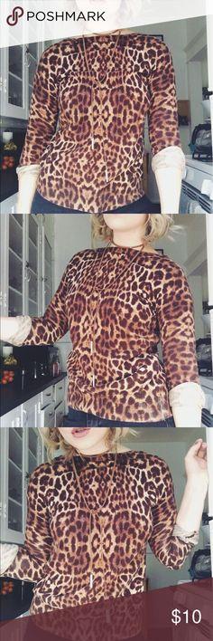 Gwen stefani vibezzz leopard sweater Very Gwen stefani esque leopard sweater Forever 21 Sweaters Crew & Scoop Necks