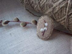 """Купить Льняная брошь с ручной вышивкой """"Верба зацвела...."""" - верба, вербочка, весна"""