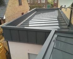 Colorcoat Urban® rainwater systemsColorcoat Urban® rainwater systems WHAT IS ROOF CLADDING? Rooftop cladding includes the use of a waterproof layer which is basically introduced to ant. Roof Cladding, House Cladding, House Extension Design, Roof Extension, Flat Roof Design, Roof Architecture, Architecture Details, Zinc Roof, Flat Roof House