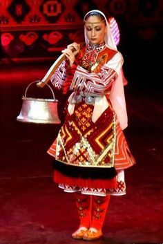 Should you really like great travel you'll will love this cool site! Gypsy Costume, Folk Costume, Ukraine, Costumes Around The World, Tribal Dress, Ethnic Fashion, Traditional Dresses, Beautiful People, Style Inspiration