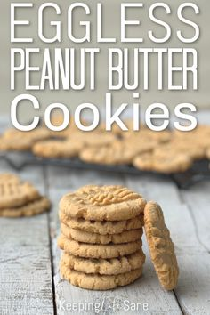 Eggless Peanut Butter Cookie Who's craving peanut butter? These eggless peanut butter cookies are so easy and delicous. Make sure to bookmark it so you can make them again and again. Eggless Cookie Recipes, Eggless Desserts, Eggless Baking, Peanut Butter Cookie Recipe, Baking Recipes, Bisquick Recipes, Health Desserts, Vegan Desserts, Egg Free Desserts