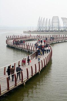 Bengbu Longzi Lake Bridge Park - Bengbu, China;  designed by AECOM; photo by Dixi Carrillo