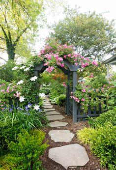 Beautiful backyard flower garden - backyard garden – Design the garden with different shade garden ideas is just one of the choice - Starting A Vegetable Garden, Vegetable Gardening, Garden Cottage, Garden Care, Gardening For Beginners, Gardening Tips, Shade Garden, Garden Paths, Garden Types