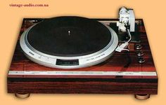 JVC QL-Y7 automatic turntable
