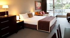 A Studio Apartment at Rydges Horizons Snowy Mountains