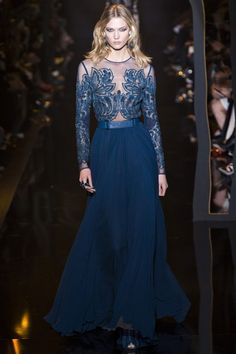Just wow. Perfect colour! Elie Saab A/W 2015-16 Ready-To-Wear (Model: Karlie Kloss)