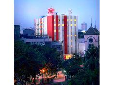 Tune Hotel Jakarta (**)  http://tunehotels.com