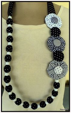 Amazing craft from old jeans 00018 – Artofit Diy Fabric Jewellery, Fiber Art Jewelry, Scarf Jewelry, Textile Jewelry, Embroidery Jewelry, Jewelry Art, Bracelet Crochet, Fabric Flower Necklace, Diy Necklace