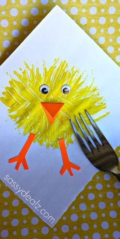 Make a Chick Craft Using a Fork and paint! Great Easter craft for kids | http://CraftyMorning.com