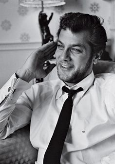 Tony Curtis #Hollywood  #actors- Jamie Lee's dad.