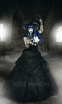 Gothic, dark romance, historical romance photoshoot and photography rosemahon.com