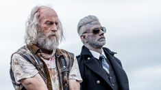 Everyone reunites for one insane epic battle to rescue Murphy's daughter and end the zombie virus. Keith Allan, Z Nation, Series Movies, Season 3, Movie Tv, Netflix, Battle, Daughter, Mint