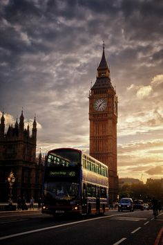 """ Big Ben & bus in the evening sun. by (SG) "" "" Big Ben & bus in the evening sun. by (SG) "" City Of London, London Bus, London Food, Big Ben London, London Photography, Travel Photography, Oh The Places You'll Go, Places To Travel, London Fotografie"