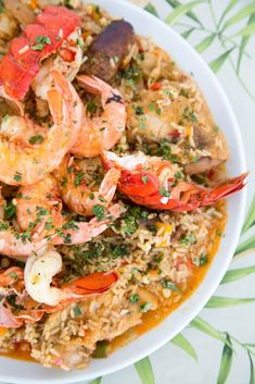 Nothing says delicious like Jambalaya, and when you want to take this meal to the next level my Tex-Mex Version of Jambalaya is sure to impress! #jambalaya #seafood #recipe