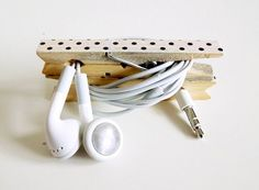 DIY electronic cord keeper