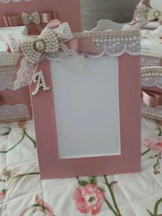 Baby Shower Labels, Board For Kids, Kids Furniture, Wedding Gifts, Decoupage, Diy And Crafts, Crafty, Creative, Handmade