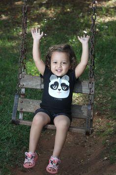 É bom ser criança, levar a vida como uma dança!  #calupeirasdeplantao #fofuradodia #princesa #maedemenina #apaixonada