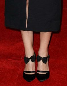 """Keira Knightley wearing  Chanel ballerina-style satin pumps at the UK premiere of their film """"Jack Ryan: Shadow Recruit"""" 
