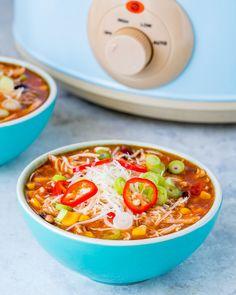 Healthy Crockpot Chicken Enchilada Soup